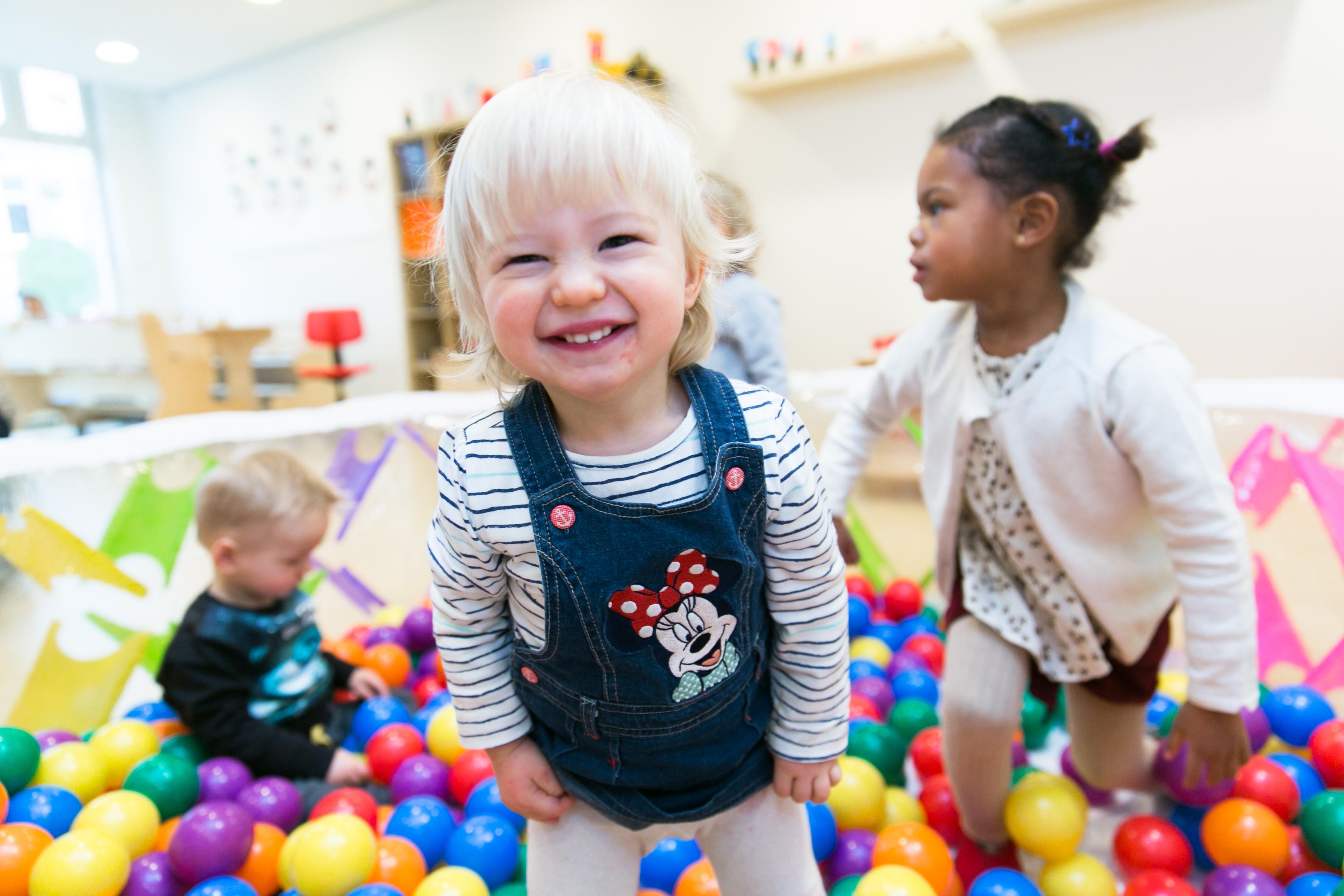 Vaak Binnenactiviteiten - Kinderopvang Engeltjes #MK21